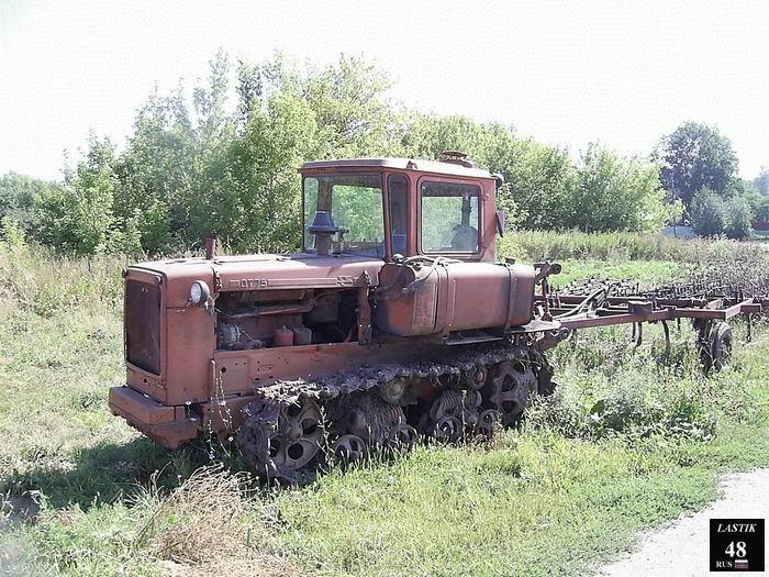 Волгоградский тракторный завод  тракторы ДТ75 ВТГ90